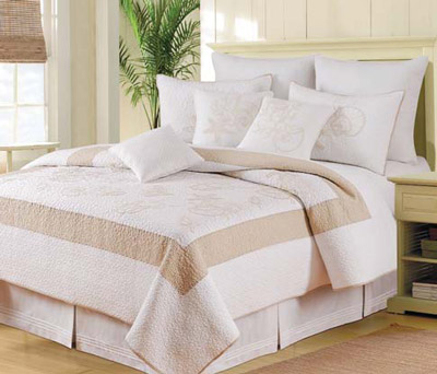 Atlantic Shells Luxury Oversized Quilt