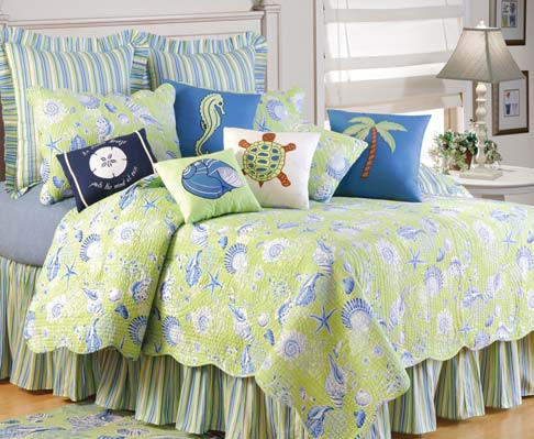 Green Shells Bedding